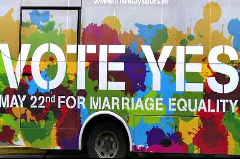 'Vote Yes' bus
