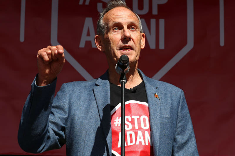 Bob Brown speaks as part of the Stop Adani Convoy event on 18 April 2019 in Melbourne. (Photo by Scott Barbour/Getty Images)