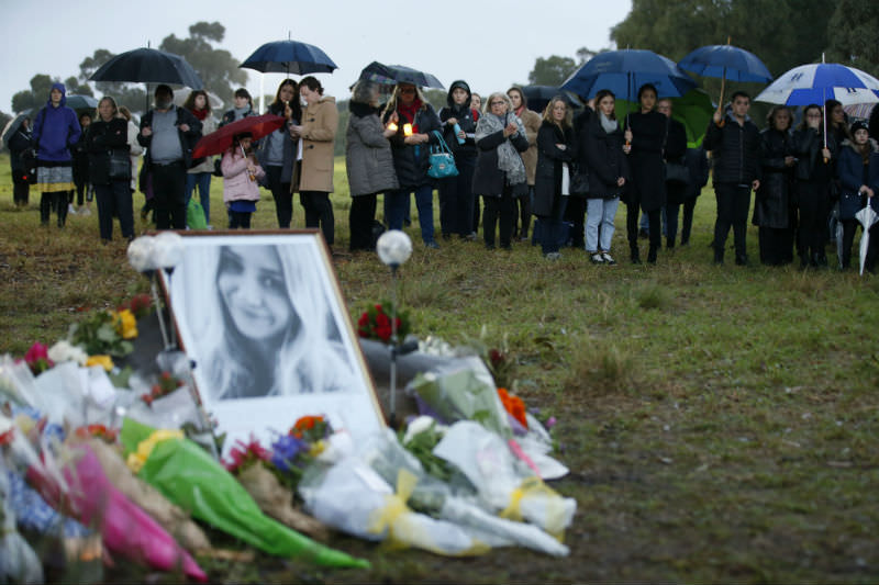 Melburnians gather for a vigil following the murder of Courtney Herron (Darrian Traynor/Getty Images)