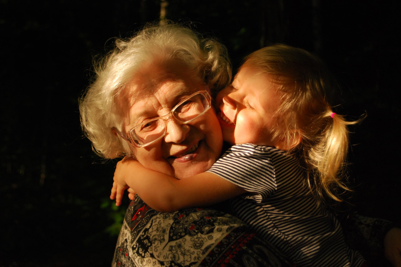 Main image: Grandmother and granddaughter hugging. (Ekaterina Shakharova/Unsplash)