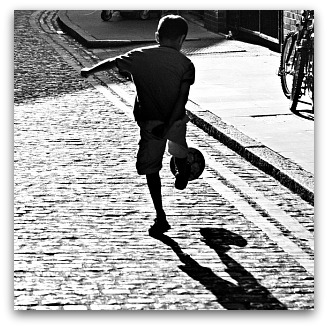 Street football IV, Flickr image by fabbio