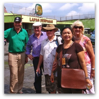 Frank Brennan, Michael Kelly, Lee Rush, Melly St Ange and Paula from the Bali International Women's Association outside the Kerobokan prison.