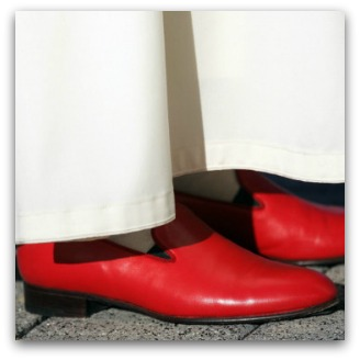 Benedict's red shoes