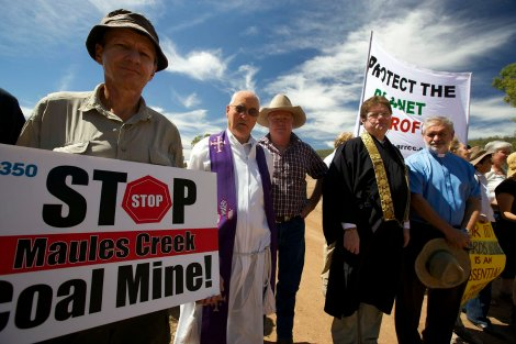 Uniting Church and Catholic ministers at the Maules Creek protest