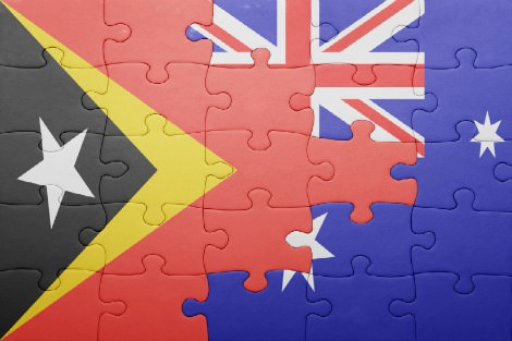 Jigsaw of Timorese and Australian flags