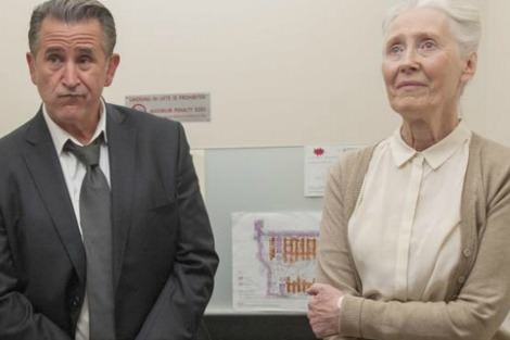 Anthony LaPaglia and Julia Blake in A Month of Sundays
