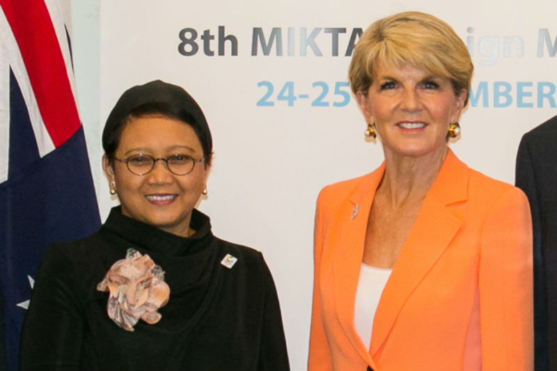 Retno Marsudi with Julie Bishop during the 2016 MIKTA meeting in Sydney.