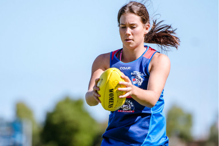 Libby Birch in training for the AFLW Western Bulldogs