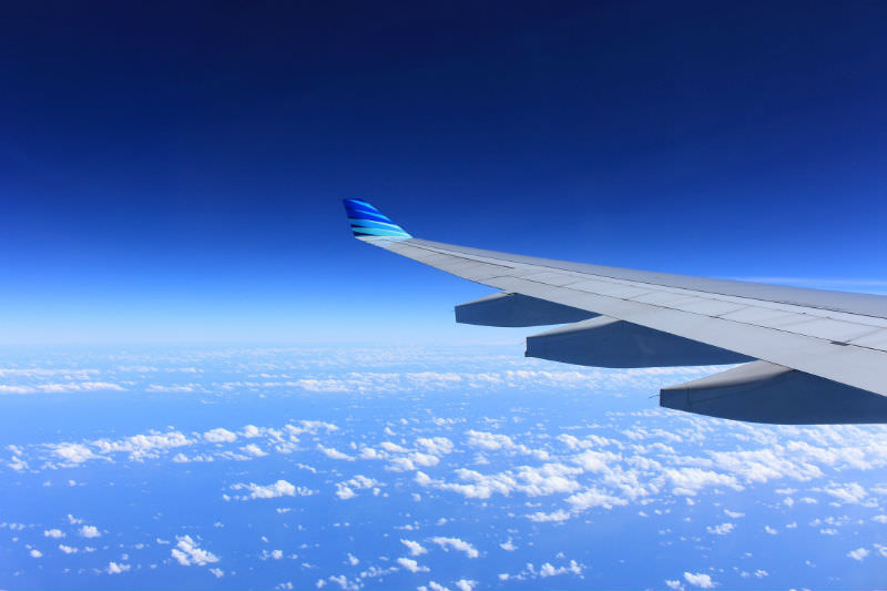 Flying aeroplane wing