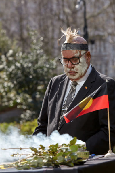 Narungga man Peter Buckskin formally receives his ancestor's remains that had been held at London's Natural History Museum.